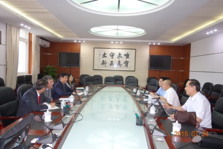 Gao Shijin meets with Pakistan's sustainable development policy center head