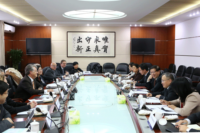 Li Wei meets with president of European Union Chamber of Commerce in China