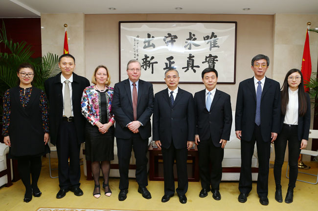 Zhang Laiming meets with UN representative in China